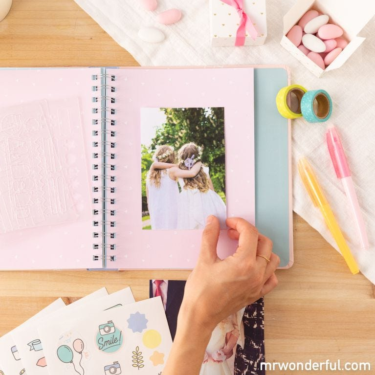 Kit scrapbooking para álbum de comunión - Rosa