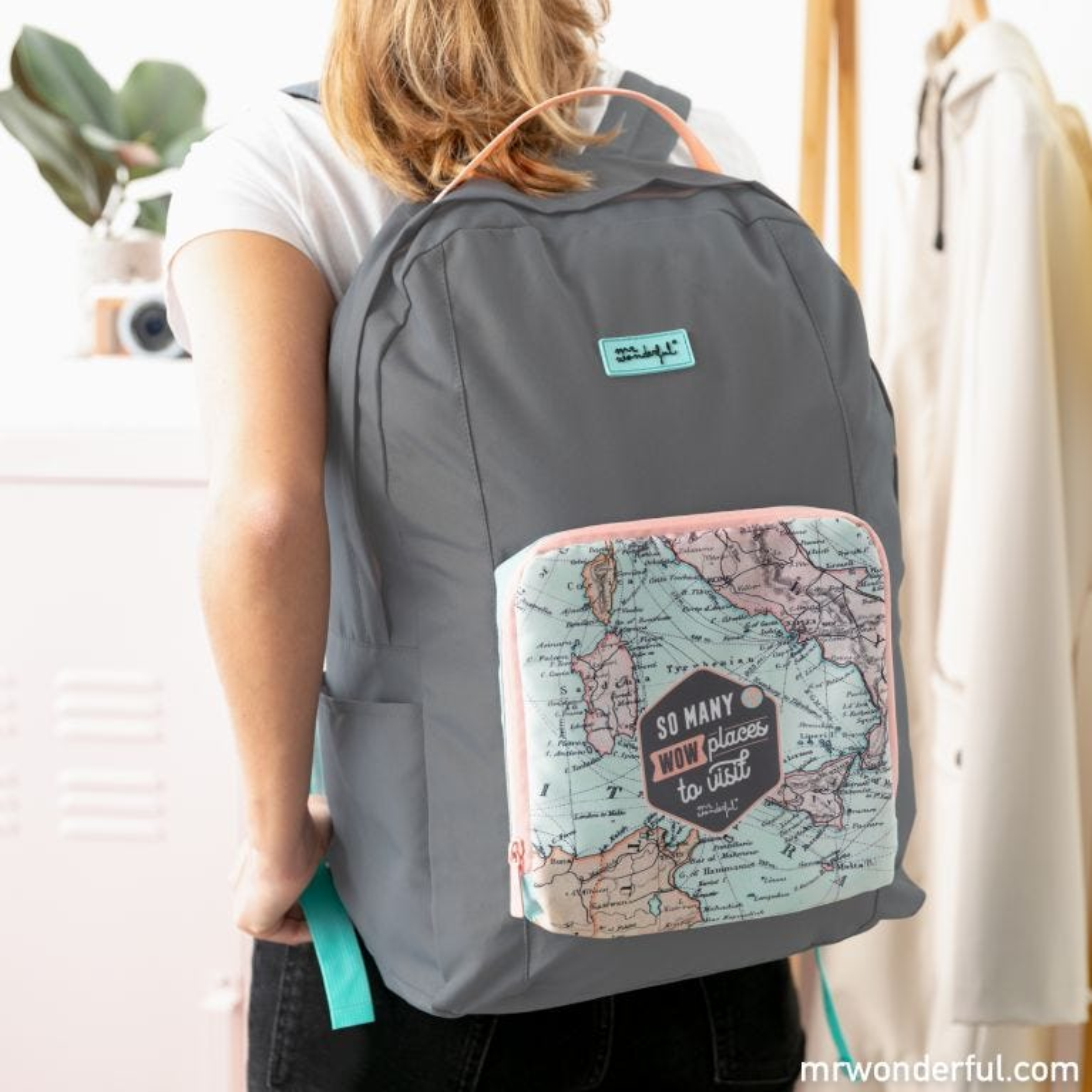 Foldable travel backpack - So many
