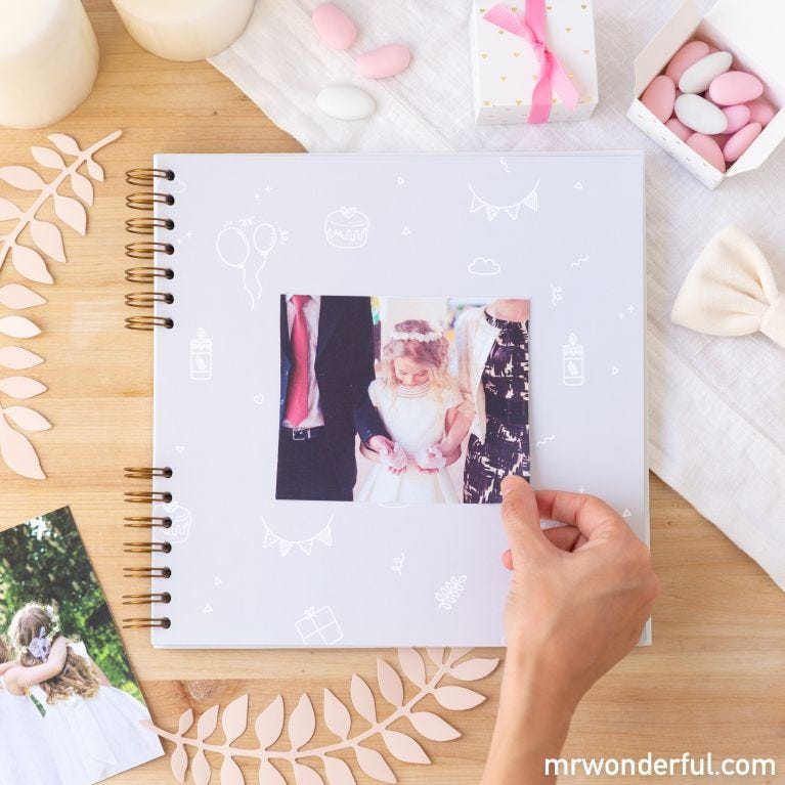 Álbum de fotos rosa - Bonitas recordações da Prime ira Comunhão