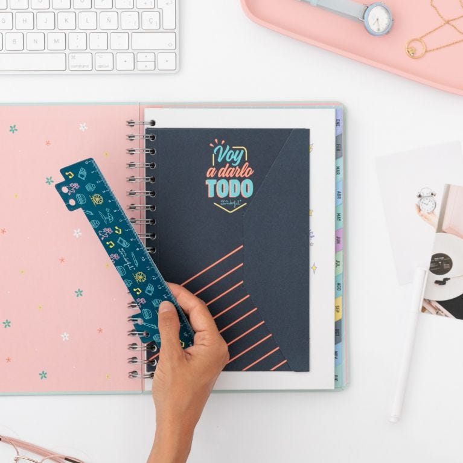 Agenda office 2022 Semanal Grande - Voy a disfrutarte