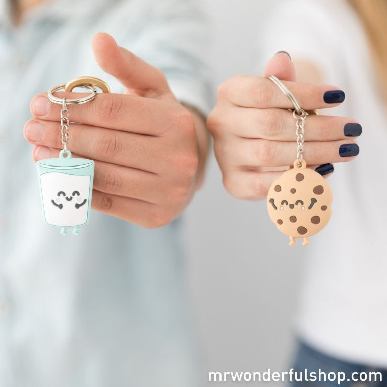 Set of 2 key-rings for sweet couples who are made for each other