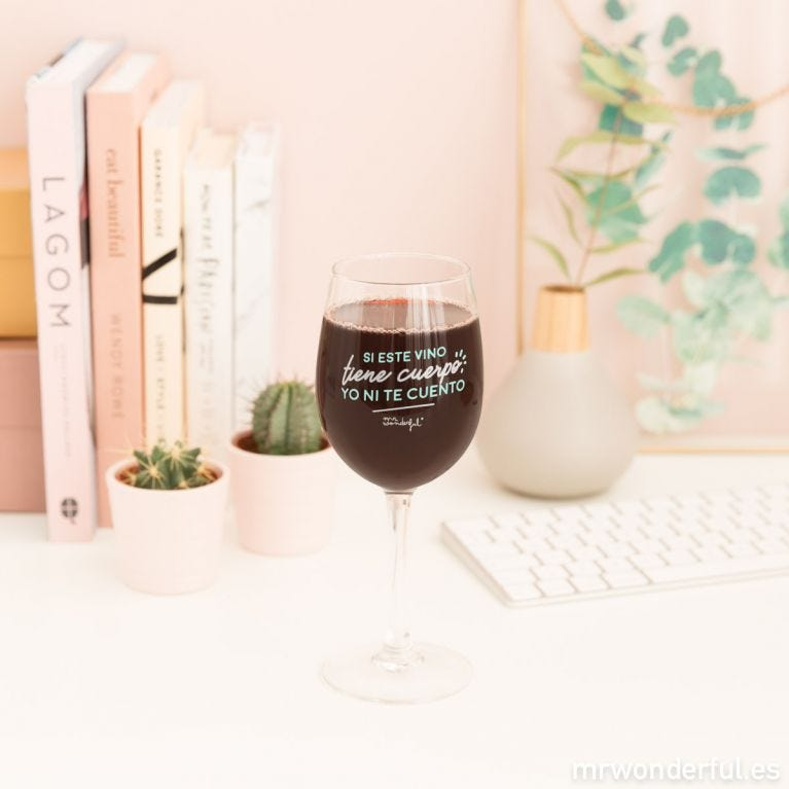Copa de vino para brindar por ti